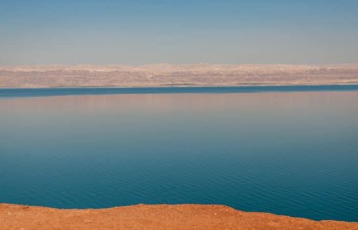 Mŕtve more v Izraeli, pláž
